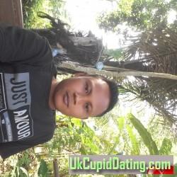 Sendi, 19900322, Banyumas, Jawa Tengah, Indonesia